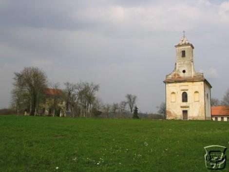 crkva u Starom Farkašiću